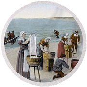 Pilgrims Washing Day, 1620 Round Beach Towel