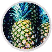 Pineapples Round Beach Towel