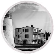 Piney Point Lighthouse - Mayland - Black And White Round Beach Towel