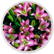 Pink And White Lilies Round Beach Towel