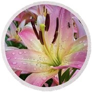 Pink And Yellow Mountain Lily Round Beach Towel