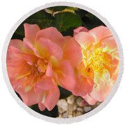 Pink And Yellow Roses Round Beach Towel
