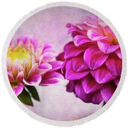 Pink Beauties Round Beach Towel