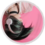 Pink Music Time Round Beach Towel