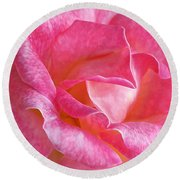 Pink Rose Close Up Round Beach Towel