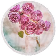 Pink Roses Beauty Round Beach Towel