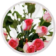 Pink Trimmed Roses Round Beach Towel