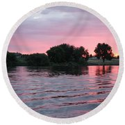 Pink Waves Sunset Round Beach Towel