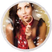 Pinup Girl Blowing Love Kiss. American Retro Style Round Beach Towel