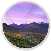 Pioneer Mountain Sunset Round Beach Towel