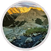Pioneer Mountains Round Beach Towel