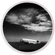 Plane Wreck Black And White Iceland Round Beach Towel