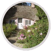 Play House / Planting Fields Round Beach Towel