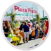 Plaza Pizza Round Beach Towel