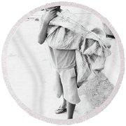 Pogoeen Round Beach Towel