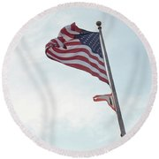 Point No Point American Flag Round Beach Towel