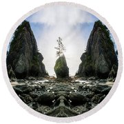 Point Of The Arches Reflection Round Beach Towel