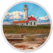 Point Wilson Lighthouse And Driftwood Round Beach Towel