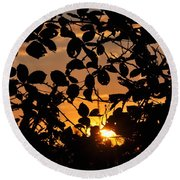 Pointed Shadow Round Beach Towel