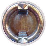 Polished Door Knocker Round Beach Towel