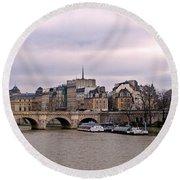 Pont Neuf In Paris Round Beach Towel