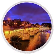 Pont Neuf At Night Round Beach Towel