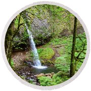 Ponytail Falls, Oregon Round Beach Towel