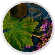 Popart With Fantasy Flowers Round Beach Towel