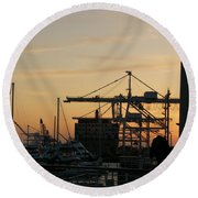 Port Of Oakland Sunset Round Beach Towel