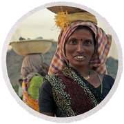 Portrait Of An Indian Lady Round Beach Towel
