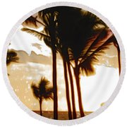 Portrait Of Paradise Round Beach Towel