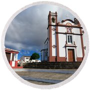 Portuguese Church Round Beach Towel