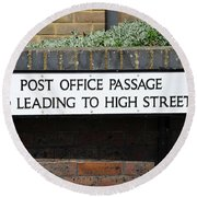 Post Office Passage In Hastings Round Beach Towel