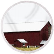 Poster Look American Red Barn With Silos I Niles Michigan Usa Round Beach Towel