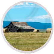 Prairie Barn Round Beach Towel