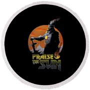 Praise The Sun Round Beach Towel