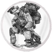 Praying Soldier Round Beach Towel