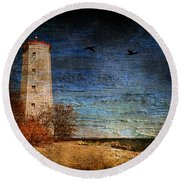 Presquile Lighthouse Round Beach Towel