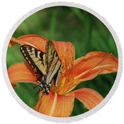 Pretty Orange Lily With A Butterfly On It's Petals Round Beach Towel