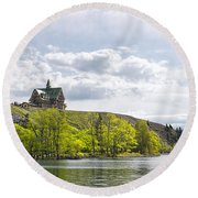 Prince Of Wales Hotel Round Beach Towel