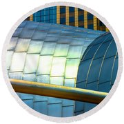 Pritzker Pavilion And Prudential Plaza Dsc2753 Round Beach Towel