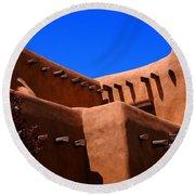 Pueblo Revival Style Architecture In Santa Fe Round Beach Towel
