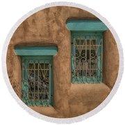 Pueblo Windows Nm Square Img_8336 Round Beach Towel