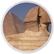Pyramid And Sphinx Round Beach Towel