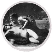 Pyramus And Thisbe Round Beach Towel