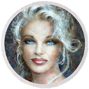 Queen Of Glamour Bright Round Beach Towel