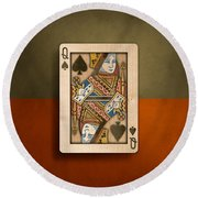 Queen Of Spades In Wood Round Beach Towel