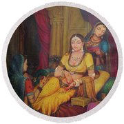 Queen Princess Sitting  Dressing From Her Maids Kaneej  Royal Art Oil Painting On Canvas Round Beach Towel