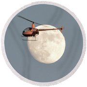 R22 On The Moon Round Beach Towel