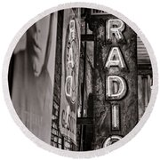 Radio Nashville - Monochrome Round Beach Towel